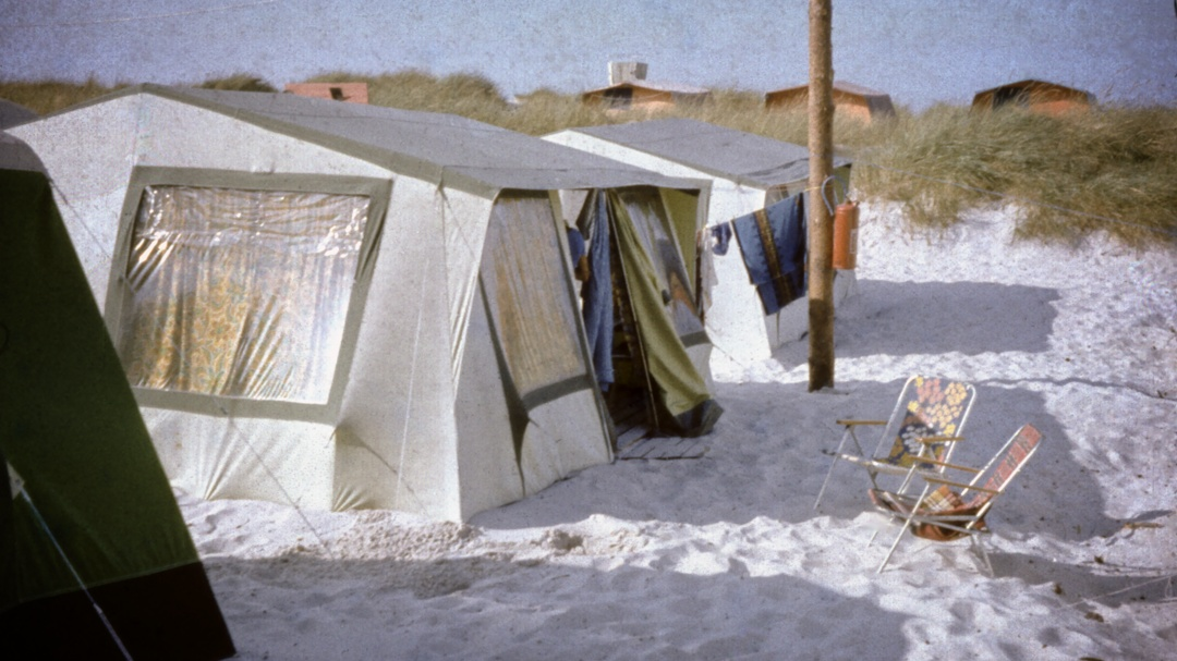 Unser Zelt gleich hinter den Dünen, Prerow, 1983